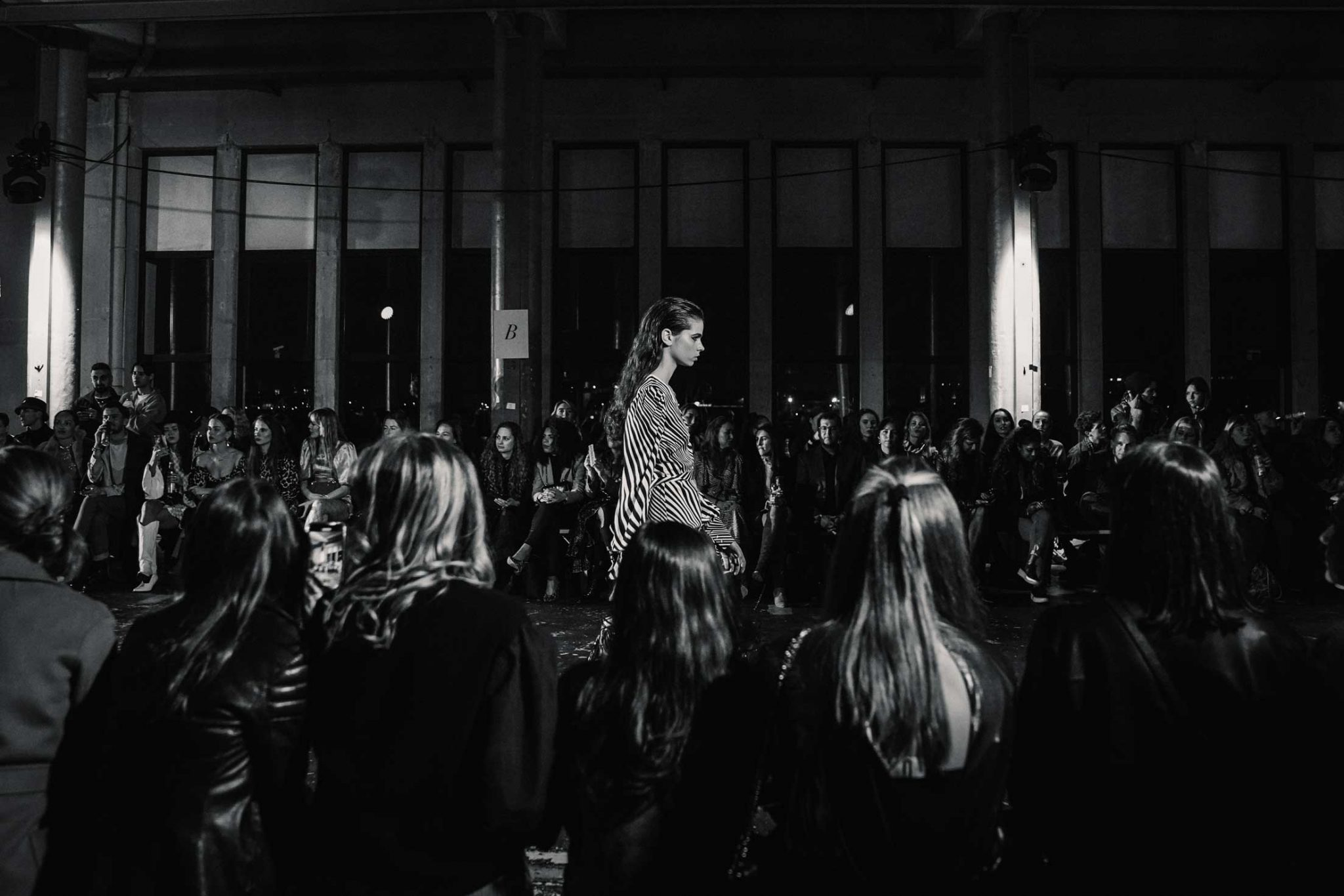 Ilsoo_van_Dijk_Ilsoovandijk_AFW_Toral_Backstage_Amsterdam_Fashion_week_2020_-scaled_21