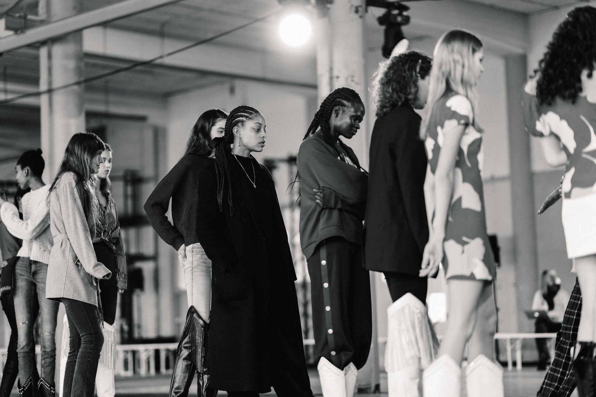 Ilsoo_van_Dijk_Ilsoovandijk_AFW_Toral_Backstage_Amsterdam_Fashion_week_2020_-scaled_5a
